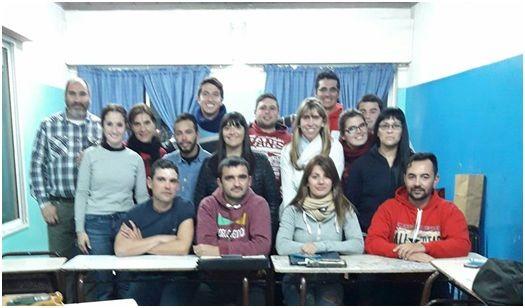 Reunión con estudiantes de la carrera Auxiliar Técnico en Minería