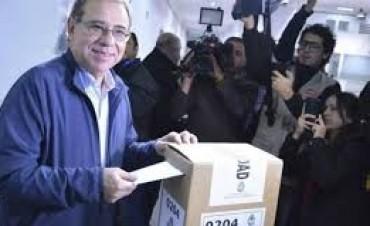 Cambiemos ganó la intendencia de Corrientes en reñida elección