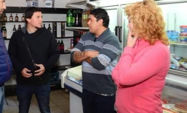 El Concejal del FPV Federico Aguilera se reunió con vecinos y comerciantes del barrio Facundo Quiroga 1 y 2