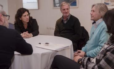 Salud y Colegio de Psicólogos crean mesa de diálogo para analizar temas del sector