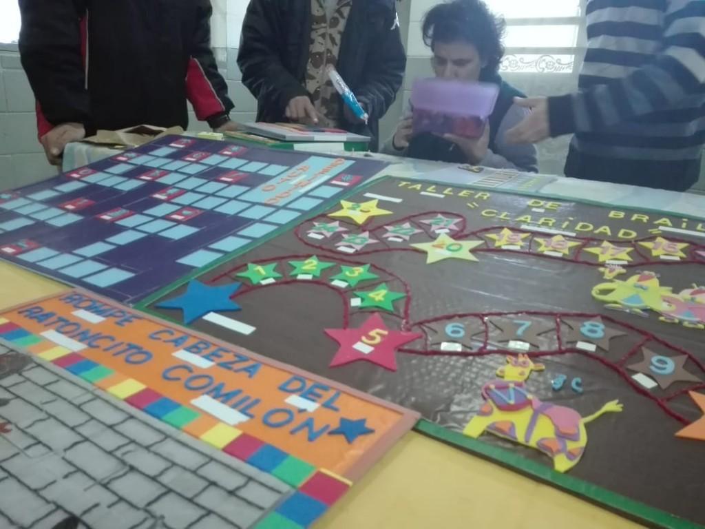 Unidades penales de Sierra Chica entregaron donaciones traducidas al braille