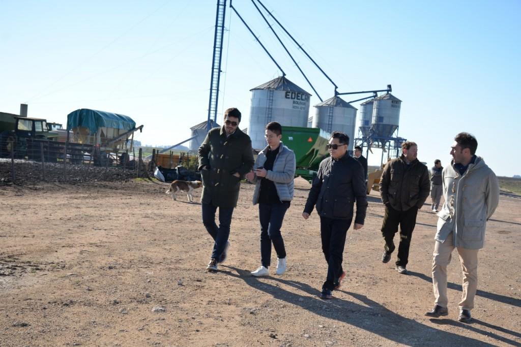 Chinos interesados en ganadería estuvieron en Olavarría