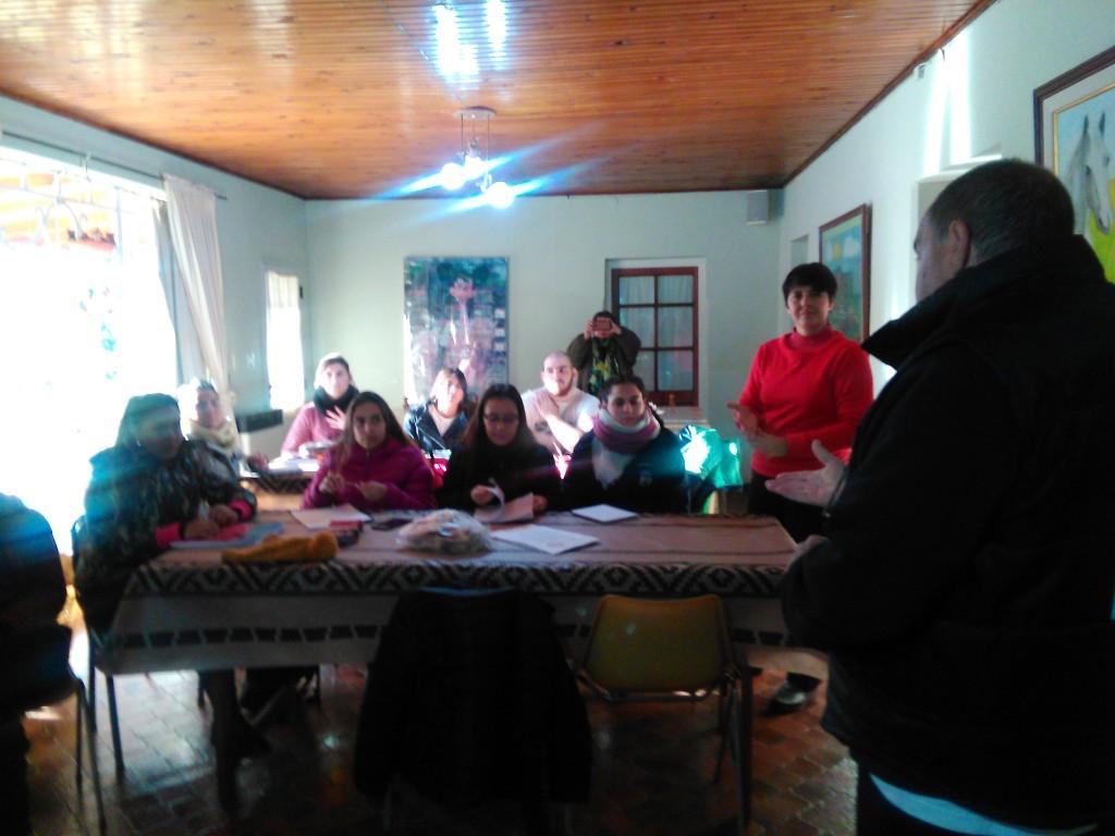 Los concejales Gabriela Delía y Juan Sánchez en la apertura del Taller de Hipoterapia