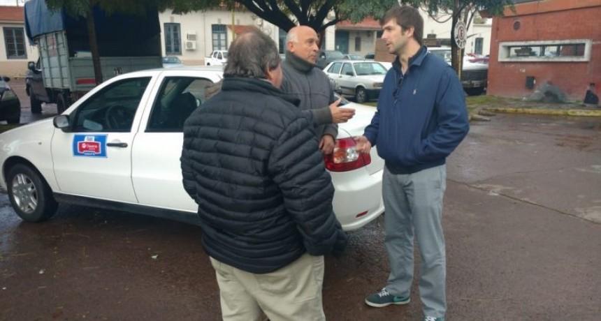 Se entregaron identificaciones para los taxistas