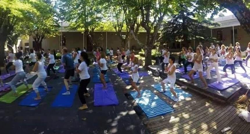 Yoga en el Bioparque Municipal La Máxima