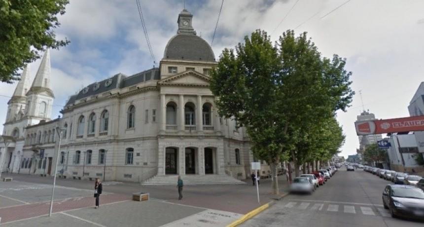 El municipio ofrece 19.5% de aumento a los Municipales