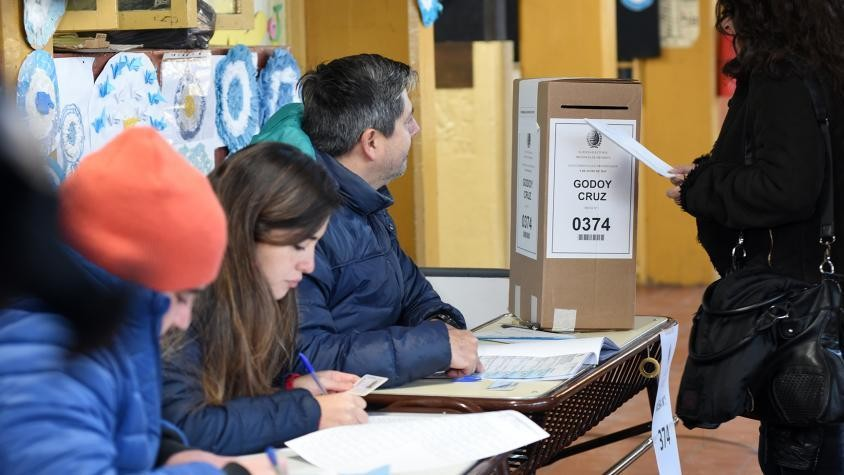 Oficialismos revalidan sus gestiones en las provincias