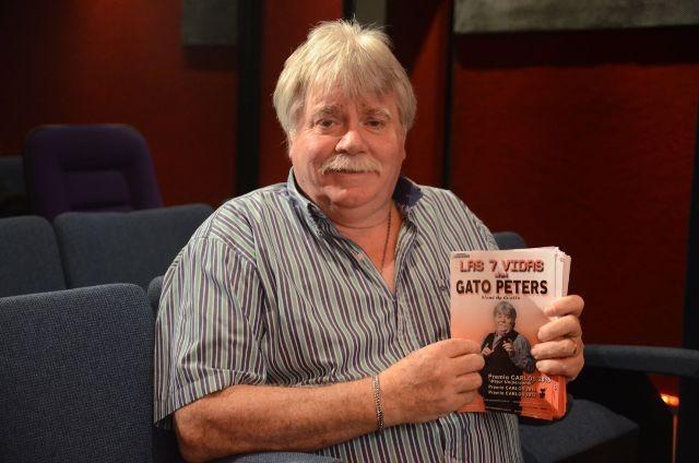 El Humor del Gato Peters esta noche en el teatro