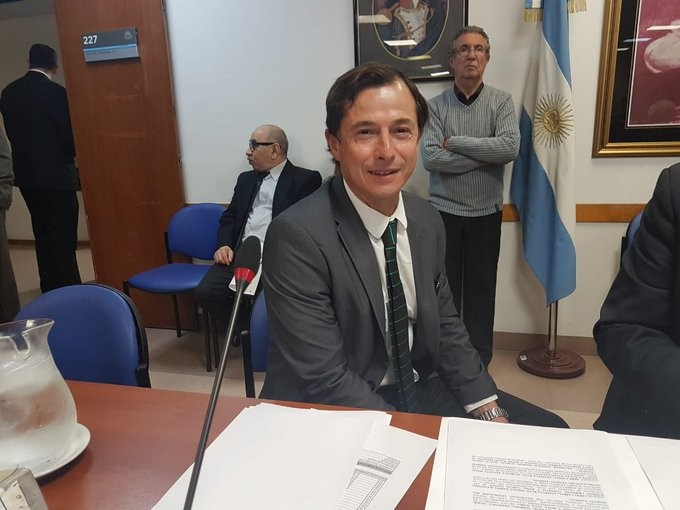 Lipovetzky relacionó su desembarco en la Séptima con una decisión de Vidal