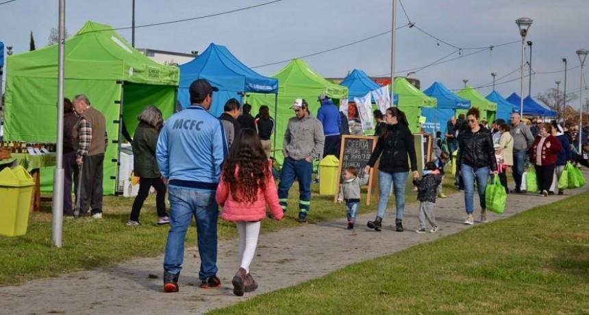 El Mercado en tu Barrio pasó por el Parque Eva Perón