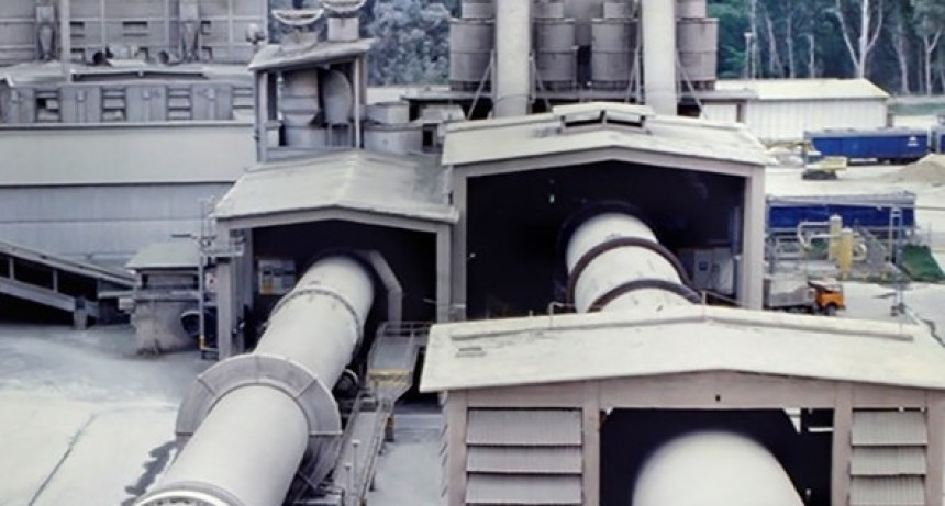 Loma Negra inició el proceso de cierre de su planta de Barker