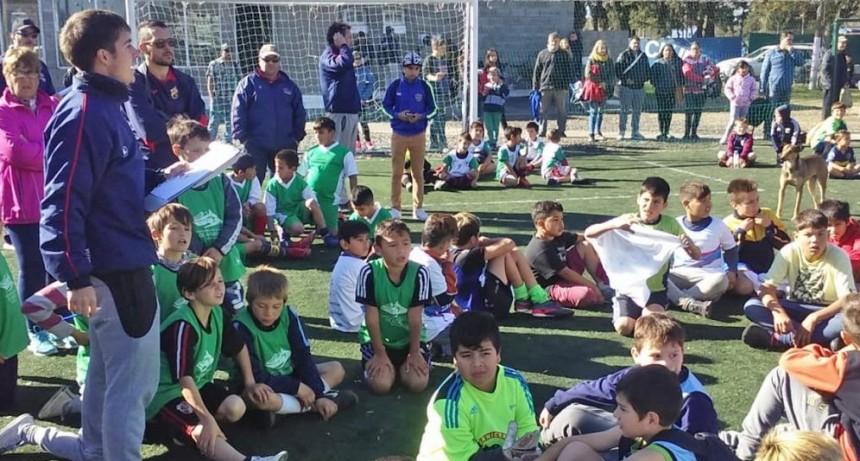 Cerca de 30 partidos se jugaron en un nuevo Torneo Interbarrial de Fútbol