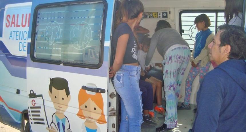 Combi de APS: jornada sanitaria integral en Villa Magdalena