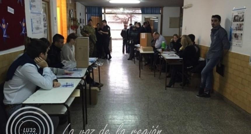 Elecciones: las listas locales