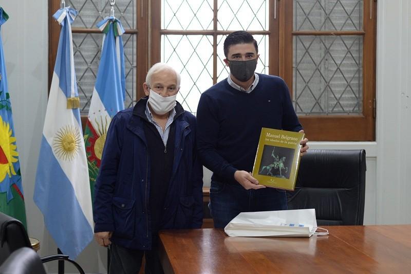 El intendente Galli recibió al chozno nieto de Manuel Belgrano
