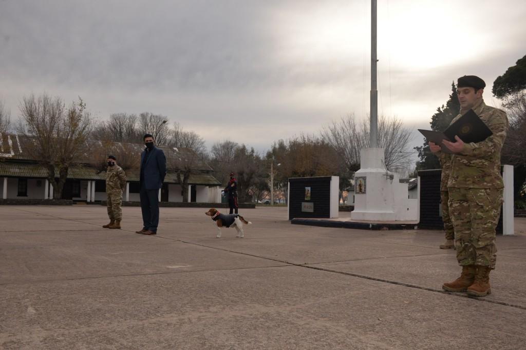 Hubo acto por el Día de la Bandera en el Regimiento