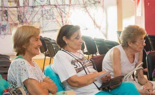 Los jubilados y pensionados del IPS cobran haberes de junio y medio aguinaldo completo