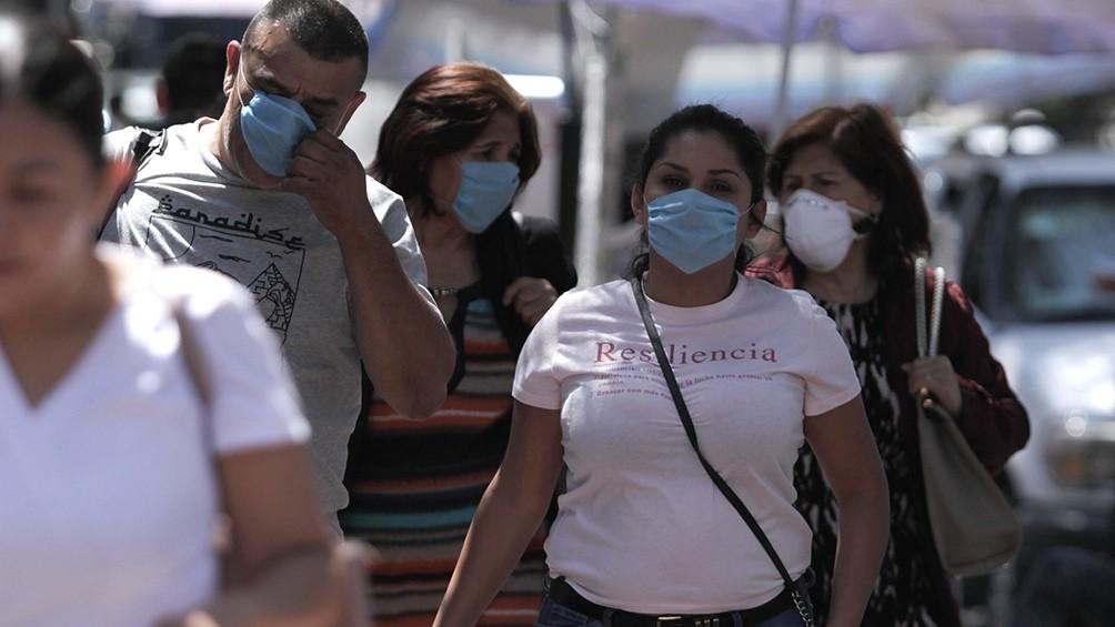 La pandemia avanza en México, golpeado también por un fuerte terremoto