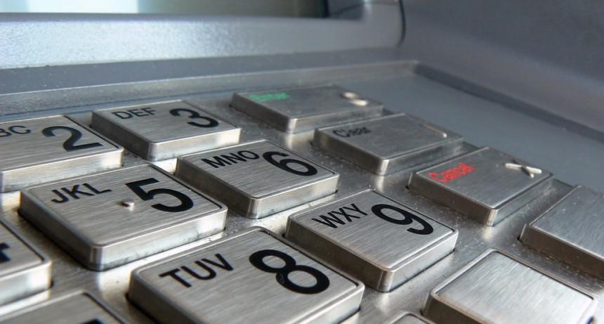 Se podrán usar los cajeros automáticos hasta las 20 horas