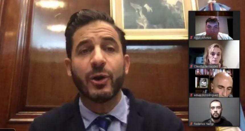 Olavarrienses reunidos con el vicepresidente del Banco Nación Matías Tombolini por videoconferencia