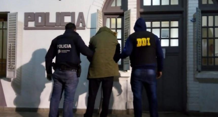 Detuvieron a un acusado por violencia de género y otros delitos