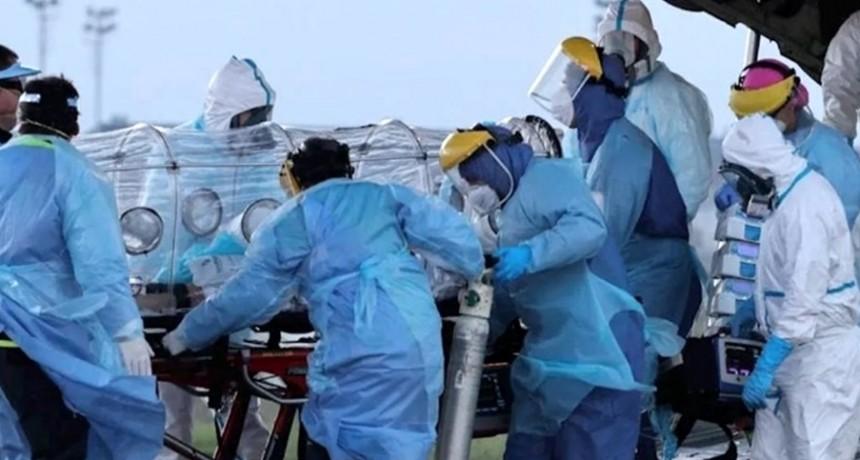 Chile se acerca a los 250.000 casos de coronavirus y los científicos reclaman un cambio estrategia