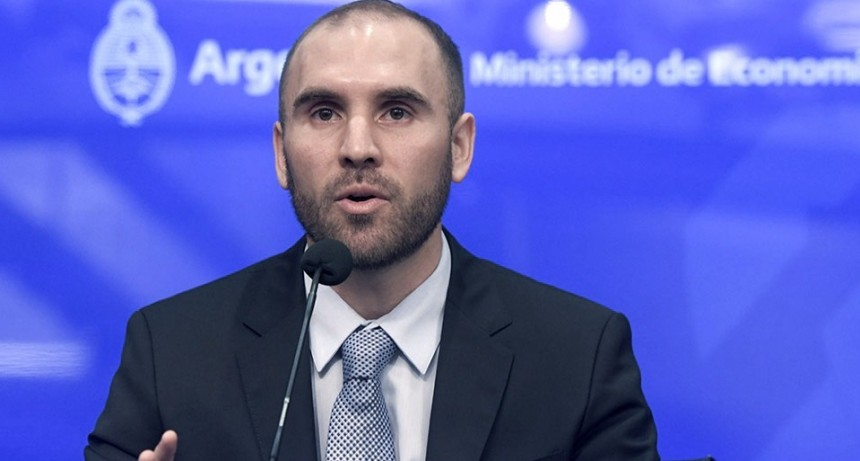 El Gobierno logró reducir el importe y los intereses de la deuda en pesos y extender vencimientos