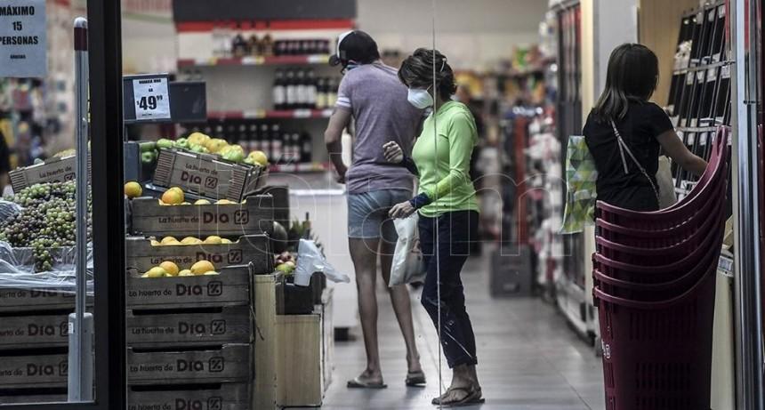 Los supermercados mantuvieron sus ventas en abril, primer mes de aislamiento pleno