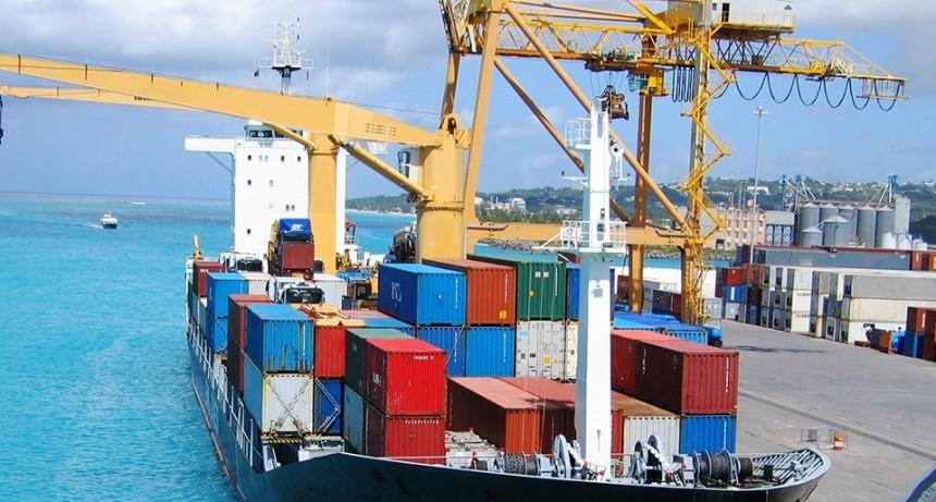 El intercambio comercial dejó un superávit de US$ 1.893 millones durante mayo
