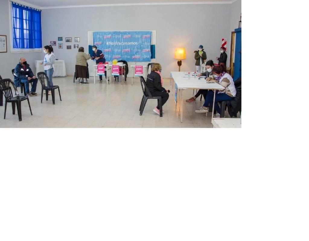Sierra Chica recibió la visita del plan provincial de vacunación y  el Partido de Olavarría se acerca a las 55.000 dosis aplicadas
