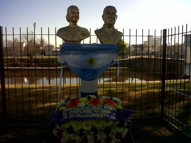 Peronistas históricos olavarrienses recuerdan a Perón
