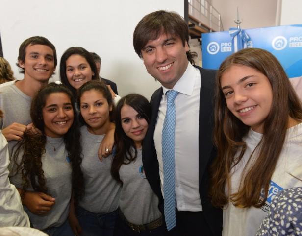 Más de mil estudiantes de Olavarría, cobran el PROGRESAR