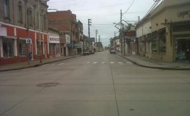 Otra vez, la ciudad casi desierta