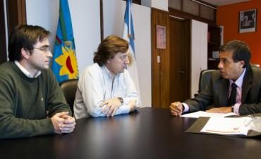 El PJ se reunió en La Plata por los comedores escolares y Envión