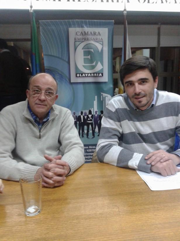 Ezequiel Galli y su equipo en la Cámara Empresaria de Olavarría.
