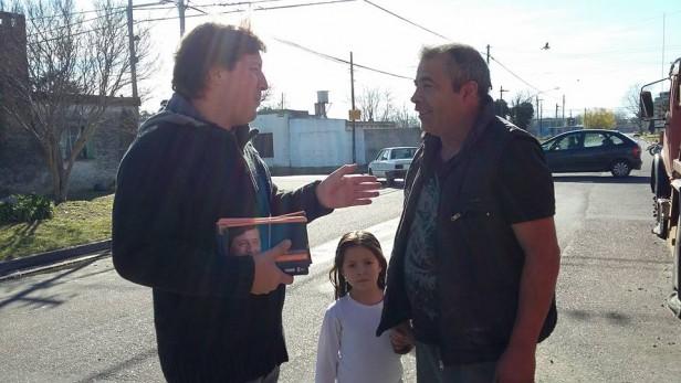 Guillermo Santellán continúa caminando los barrios y localidades
