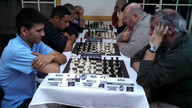 Se iniciaron los torneos de Seniors y el Femenino en ajedrez