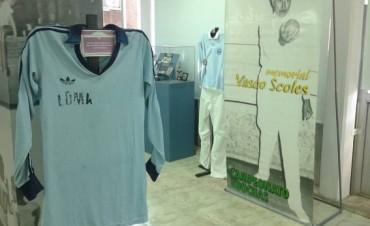 Muestra del Club Loma Negra en el Museo de la localidad
