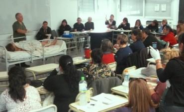 Curso de Formación de Cuidadores Domiciliarios en la Facultad de Ciencias Sociales