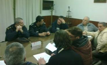Autoridades Policiales visitaron la Liga de Fútbol