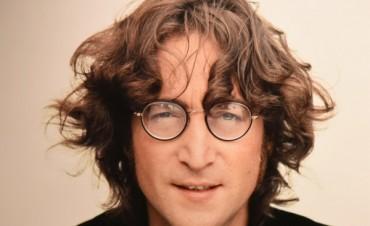 La muestra de Lennon y una emisión radial