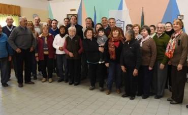 """El Senador Vitale junto al Intendente Eseverri en el Centro de Jubilados """"San Cayetano"""""""
