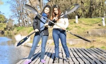 Constanza Martínez y Brenda Medina en LU 32