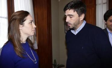 Ezequiel Galli con la Gobernadora en Azul