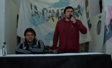 """Santoro: """"no discutimos con Macri sino con lo que cultural e ideológimente representa"""""""