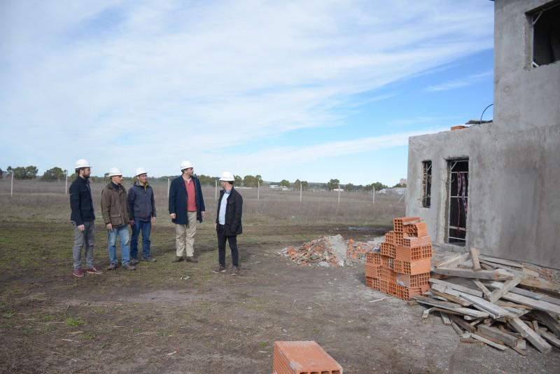 Loma Negra: obra de construcción de la planta depuradora cloacal