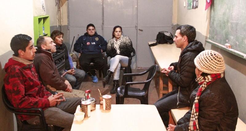 Candidatos de Cumplir estuvieron en Nicolás Avellaneda y Los inundados