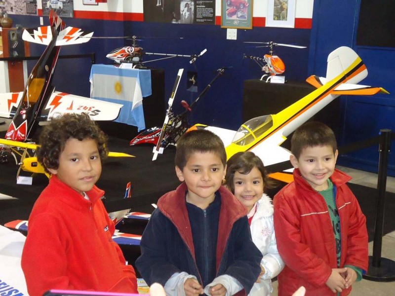 """Más de 700 personas visitaron """"La Aeronáutica en el Museo Hnos. Emiliozzi"""""""