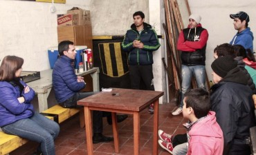 González Hueso se reunió con vecinos de AOMA y Sierras Bayas