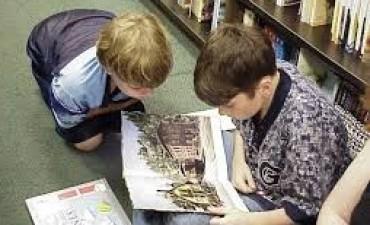 'No es lo mismo enseñar a leer que formar lectores'